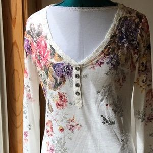"MISS ME top ""NWOT"" cream color Henley Sz. L"